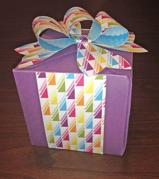 gift box created with the Gift Box punch board and Gift Bow Bigz L die